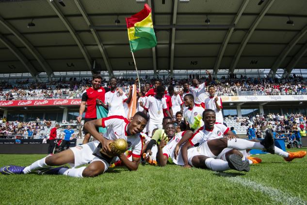 Fotboll, Gothia Cup, Finaler, Dag 2
